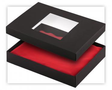 Pudełko kartonowe z okienkiem
